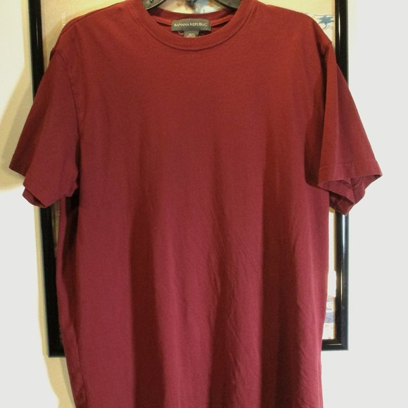 Banana Republic crew neck t-shirt short sleeve maroon large